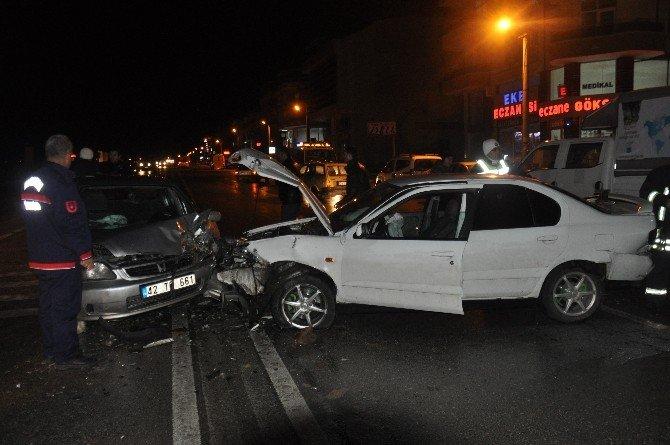 Karaman'da Zincirleme Trafik Kazası: 3 Yaralı