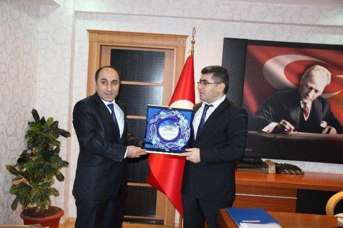 TKDK İl Koordinatörü Turan'dan Kaymakam Çetin'e Plaket