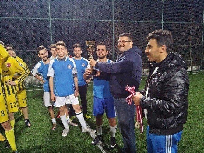 Lapseki Meslek Yüksek Okulu'nda Futbol Turnuvası