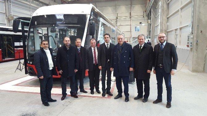 Başkan Ergün'ün Trambüs Mesaisi Sürüyor