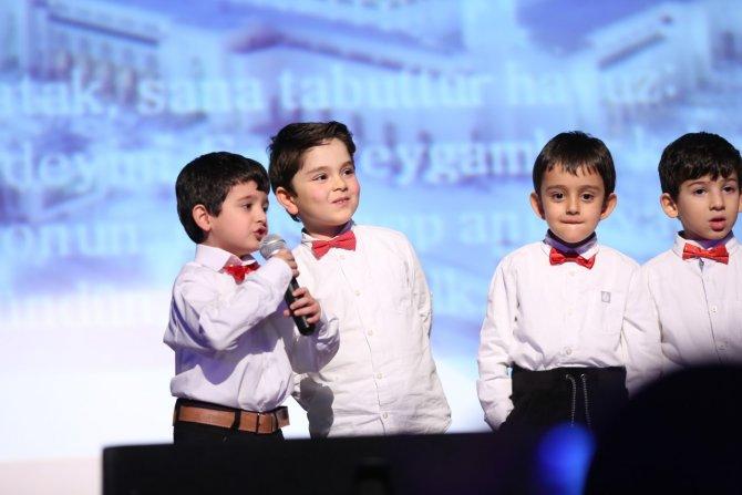 Minik şiir dostları Mehmet Akif için sahne aldı
