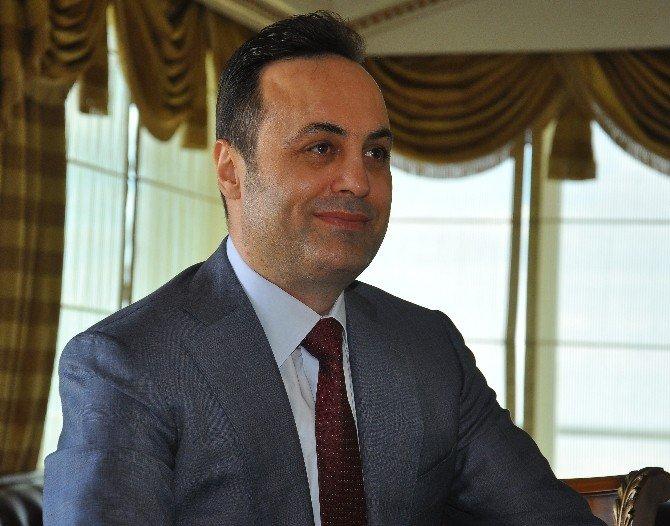 """Myp'li Yılmaz: """"Türkiye'de Yeni Bir Anayasaya İhtiyaç Vardır"""""""