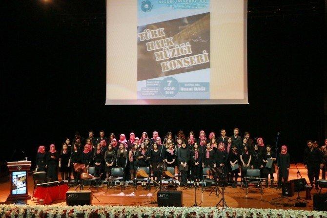 Niğde Üniversitesinde Türk Halk Müziği Konseri Düzenlendi