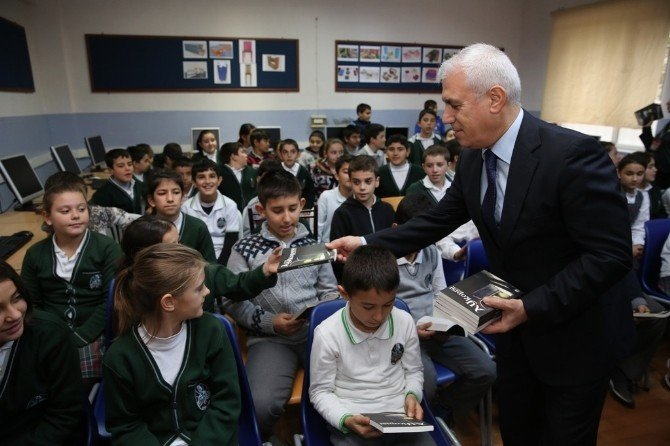 Herşey Çocukların Daha Çok Kitap Okuması İçin