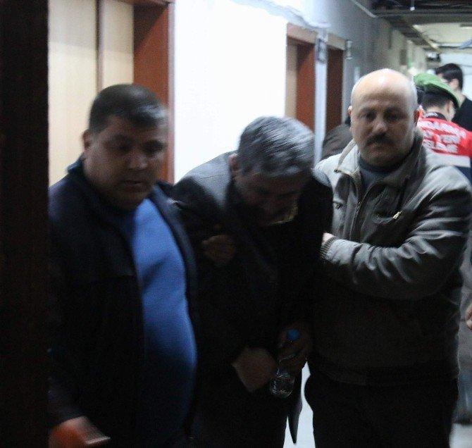 Oğlunu Öldürmekle Suçlanan Baba 'Burada Olmaktan Utanç Duyuyorum'