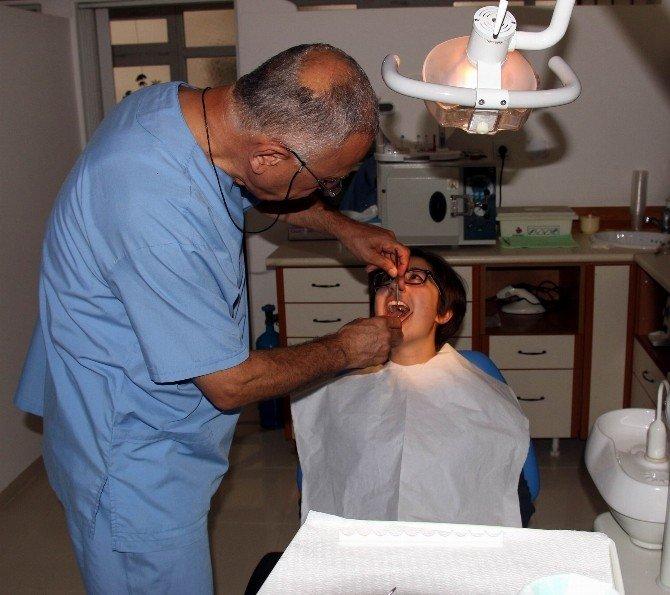 Türkiye Diş Fırçalamada Avrupa'nın 4 Kat Gerisinde