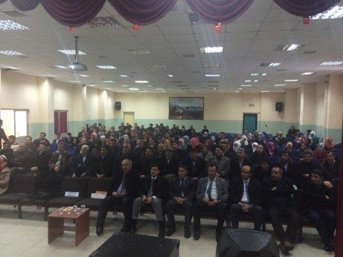"""Karaçoban'da """"Aile İçi İletişim"""" Semineri"""