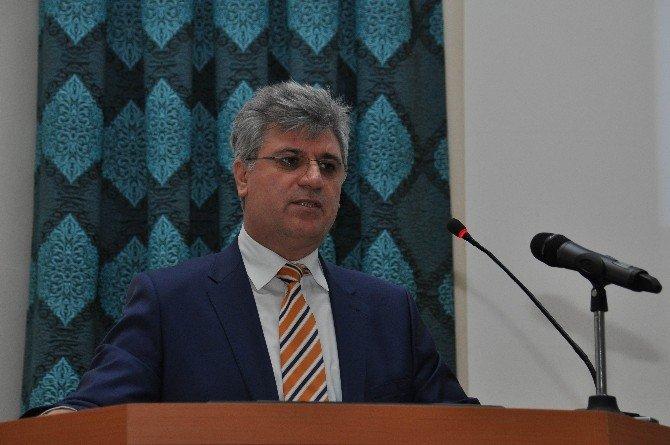 Prof. Dr. Fikrettin Şahin Buluşlarını NEÜ'de Anlattı