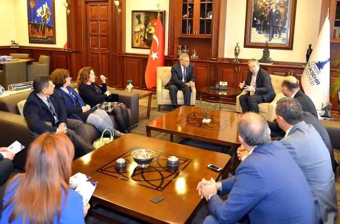 Türk Diş Hekimleri Birliği kongresi İzmir'de yapılacak