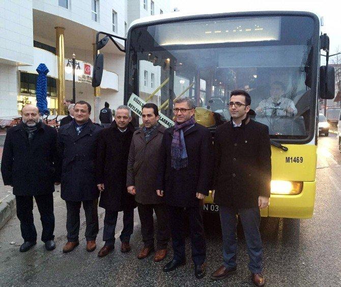 Başkan Türkmen Otobüsle Seyahat Etti