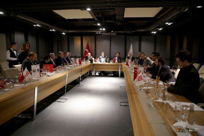 Üsaiv Yönetim Kurulu AGÜ'de Toplandı