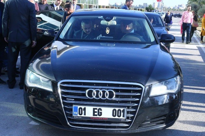 Başkan Sözlü'nün Koruması Tabancasını Otomobilde Unuttu