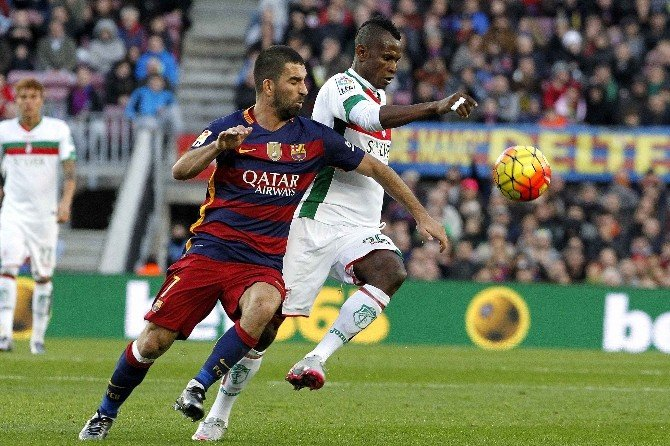 Barcelonalı Arda, La Liga'ya Asistle Başladı