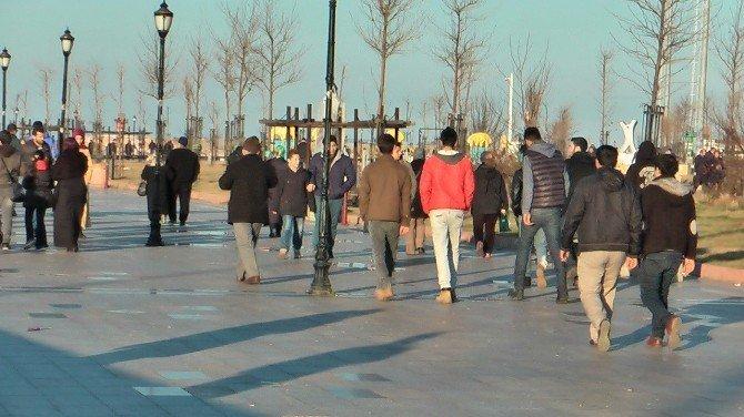 Bandırma'da Yazdan Kalma Günler Yaşanıyor