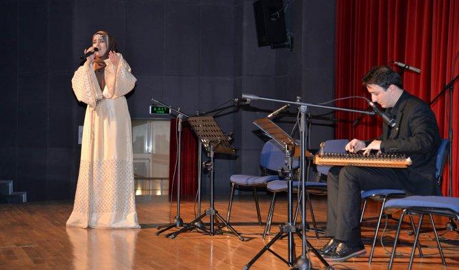 Yabancı Öğrenciler Türkçe'lerini 'Dilhane'de konuşturdu