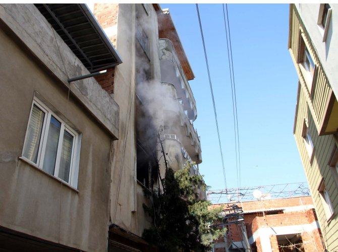 Bursa'da vatandaşların mahsur kaldığı yangın korkuttu