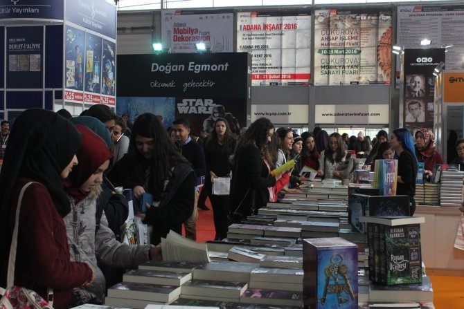 Aral: Türkiye'de yayınlanma özgürlüğü dün olduğu gibi bugün de sorun