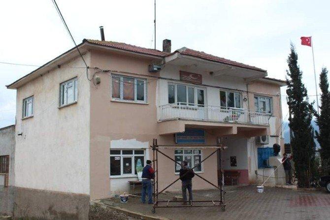 Sarıcakaya Belediyesi Çevre Düzenleme Çalışmalarını Sürdürüyor