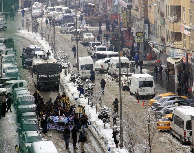 DBP Kadın Meclisi Yürüyüşünde Olaylar Çıktı