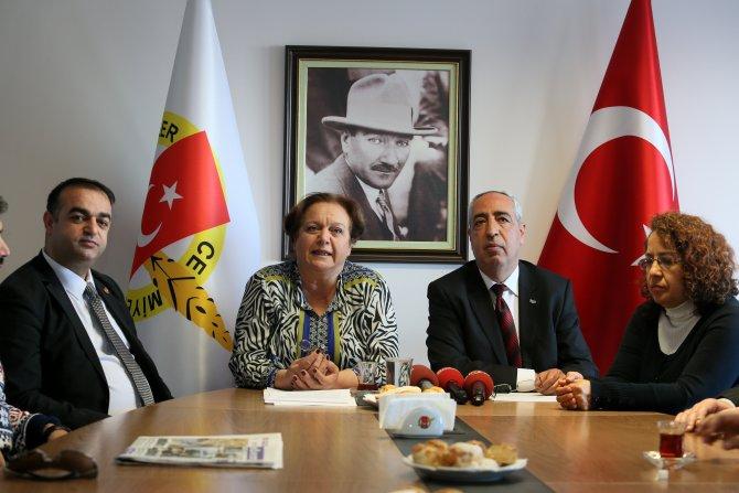 İzmir Gazeteciler Cemiyeti Başkanı Dikmen: Sözün bittiği yerdeyiz