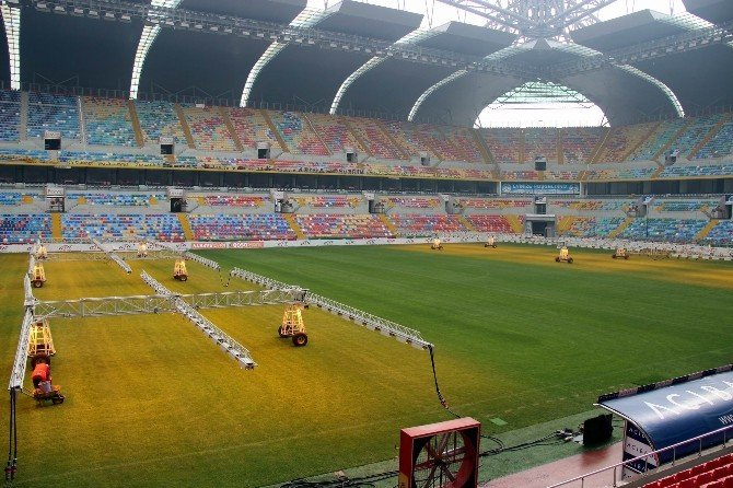 Kadir HAS Stadyumu'nun Zemini Aşırı Soğuklardan Etkilenmiyor