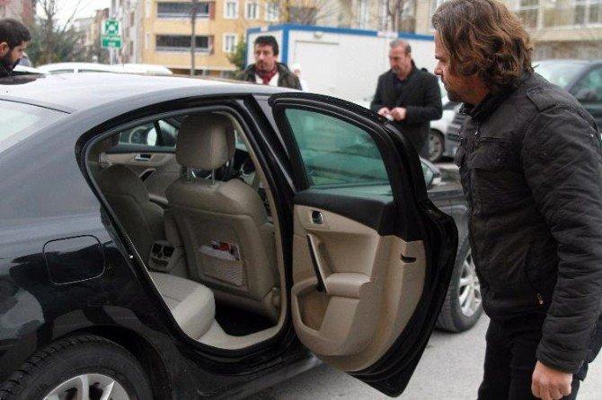 Bursa'da Bıçaklı, Sopalı Boşanma Kavgası: 3 Yaralı