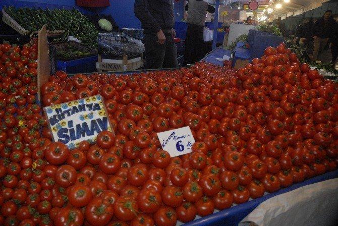 Domates Fiyatları Cep Yakıyor