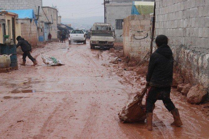Kamplardaki Suriyelilerin Soğukla Mücadelesi