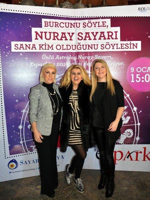 Ünlü Astrolog Nuray Sayarı Espark'ta