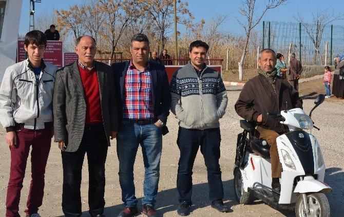 Ceyhan'da Çalışan Gazeteciler Günü Kutlandı