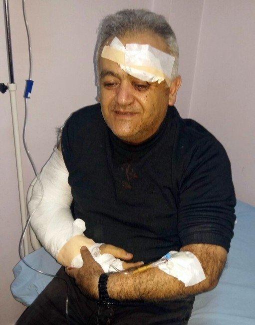 Adilcevaz MYO Müdürü Çelik Kaza Geçirdi