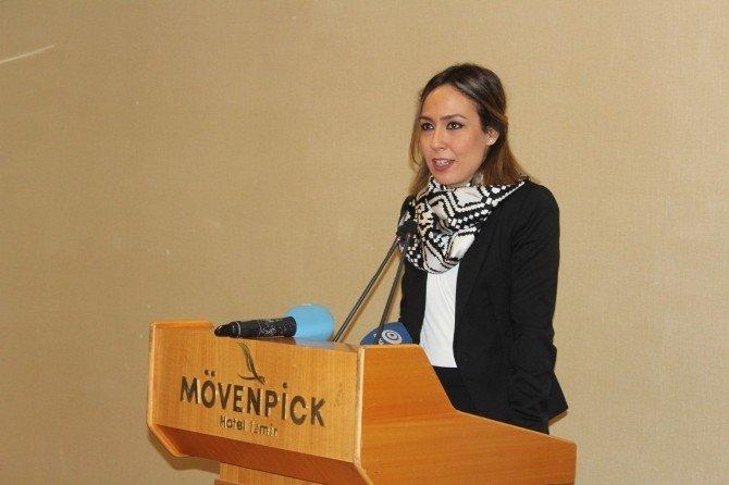 AK Parti'li Kadınlar, Gazetecilerle Bir Arada