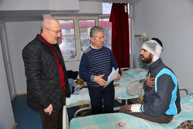Kaza Yapan Mültecilere Hastanede Ziyaret