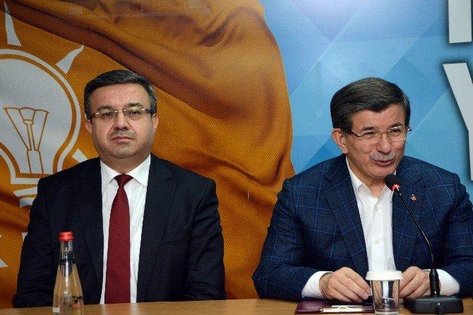 Başbakan Davutoğlu Afyonkarahisar'dan Ayrıldı