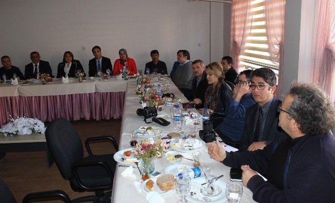 Dünyanın En Büyük Eğitim Portalı Eba, Aydın'da Tanıtıldı