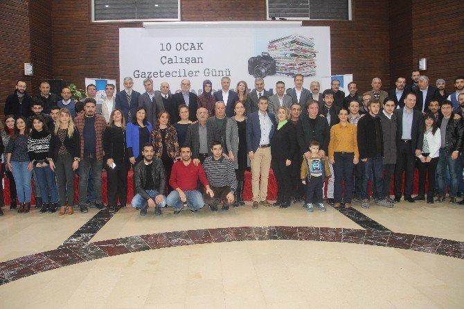 Başkan Yanılmaz, Gazeteciler Gününde Kameramanlık Yaptı