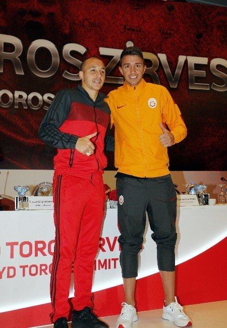 """Muslera: """"Galatasaray'a Gelmek İçin Üç Saat Düşündüm"""""""