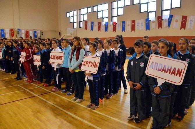 Anadolu Yıldızları Badminton Çeyrek Finalleri Sonuçlandı