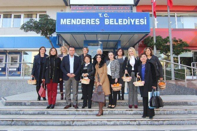 Başkan Eşleri Menderes'te Buluştu