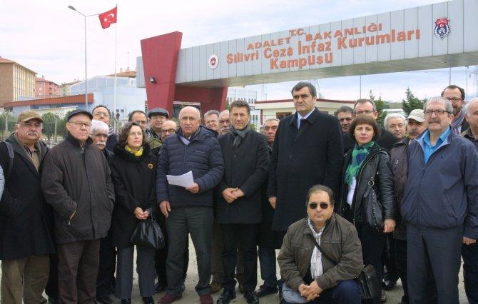 Can Dündar ve Erdem Gül'e Hasan Balıkçı Onur Ödülü