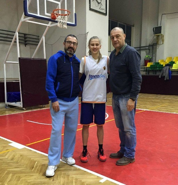 Yalova VİP, Süper Lig'den Transfer Yaptı