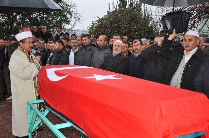 Şehit Er Mustafa Duran Dualarla Toprağa Verildi