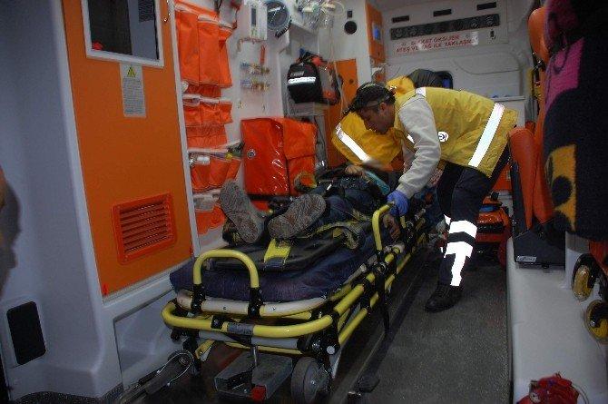 Kazada Yaralanan Çocuk Öldü