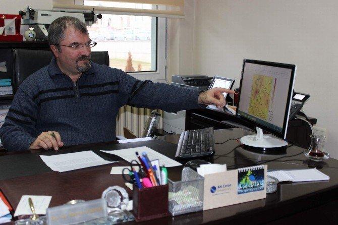 Kırşehir'de 1.6-3.3 Aralığında 17 Artçı Deprem Meydana Geldi