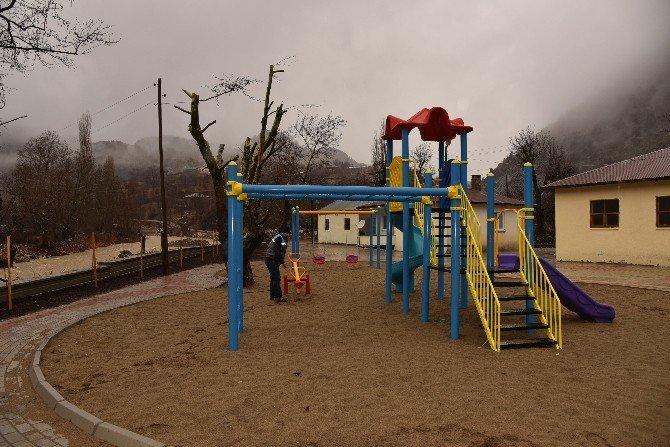 Alanya'nın Karapınar Mahallesi'nde Park Sevinci