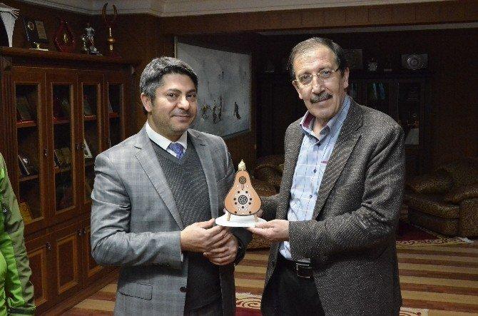 Erzurum Spor Lisesi Başkan Bulutları Ziyaret Etti…