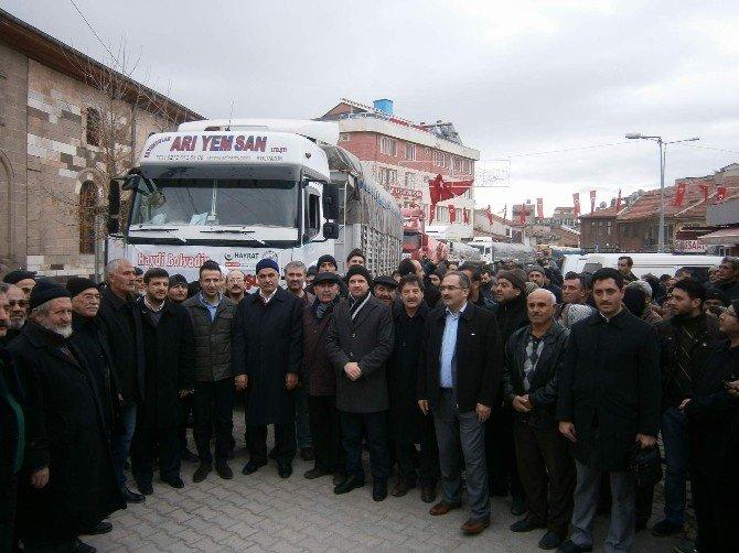 Bolvadin'den 6 Tır Yardım Malzemesi Bayırbucak Türkmenleri İçin Yola Çıktı