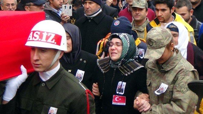 Şehit Astsubay Hatay'da Toprağa Verildi