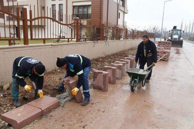 Sümer Mahallesi'nde Tretuvarlar Yenileniyor