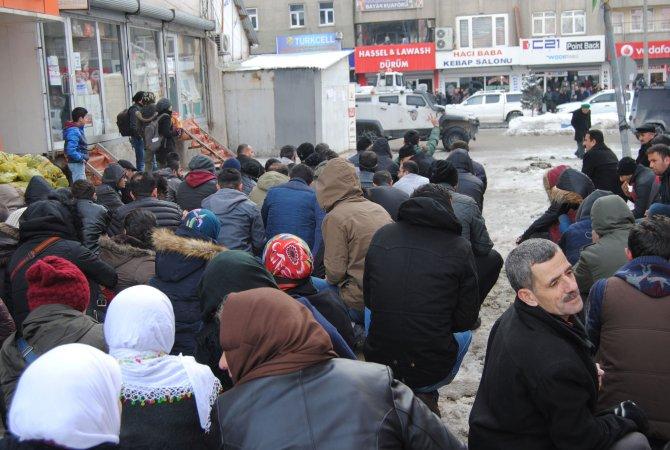 Akdoğan: Van'da hayatını kaybeden polisi de Şırnak'tan getirmişler